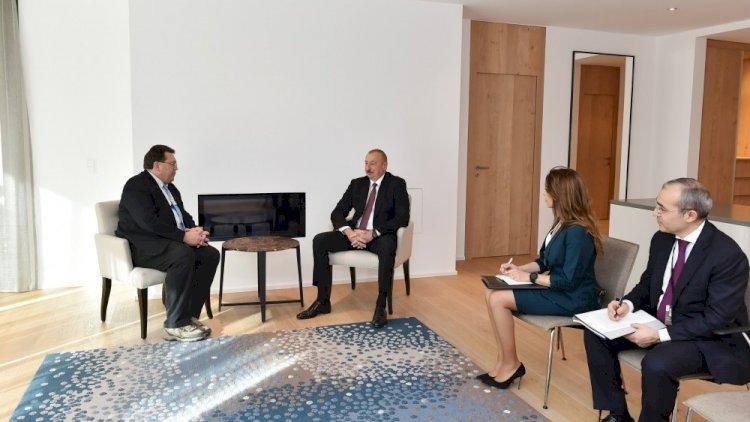 İlham Əliyev Davosda İsveçrənin Montrö şəhərinin meri ilə görüşdü